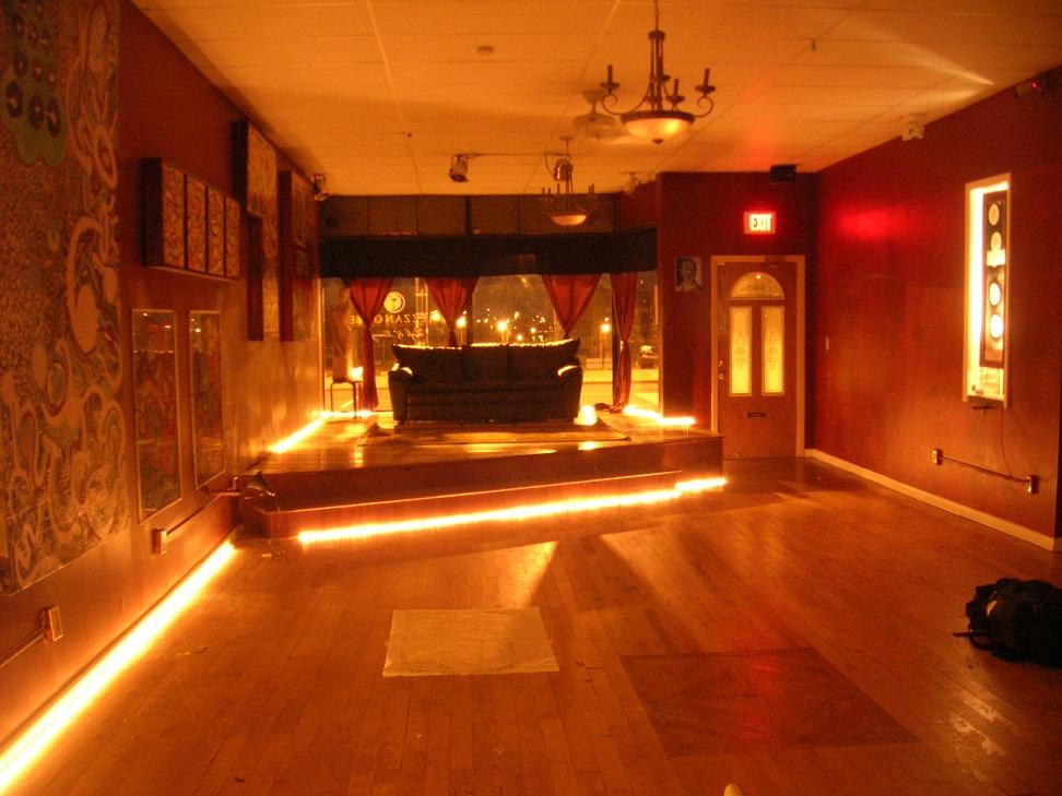 Mezzanotte Lounge & Night Club