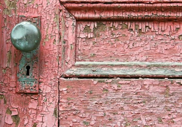 Intimate,Bryan Matthew Boutwell, Photography, Pentax K-1000,.35mm,Photoshop C.S.6,old red door photograph, Syracuse NY